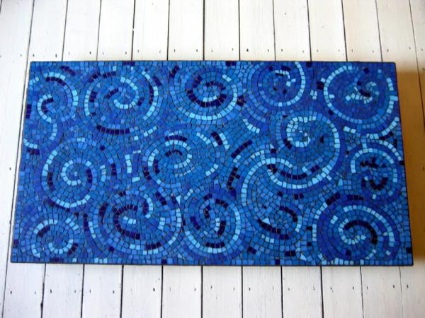 fliesen muster mosaik blau schneckenförmig
