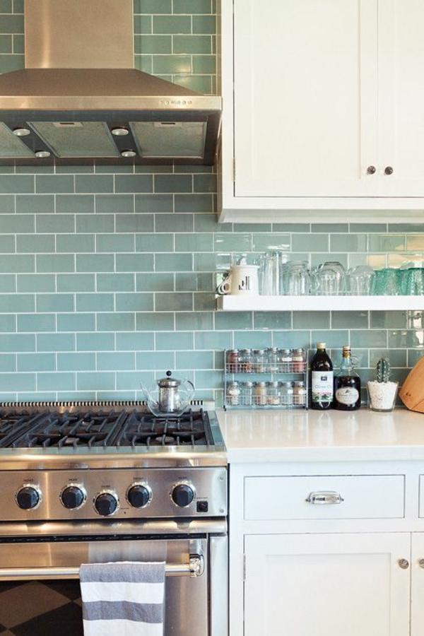 fliesenspiegel küche fliesenfarbe blau rückwand küche