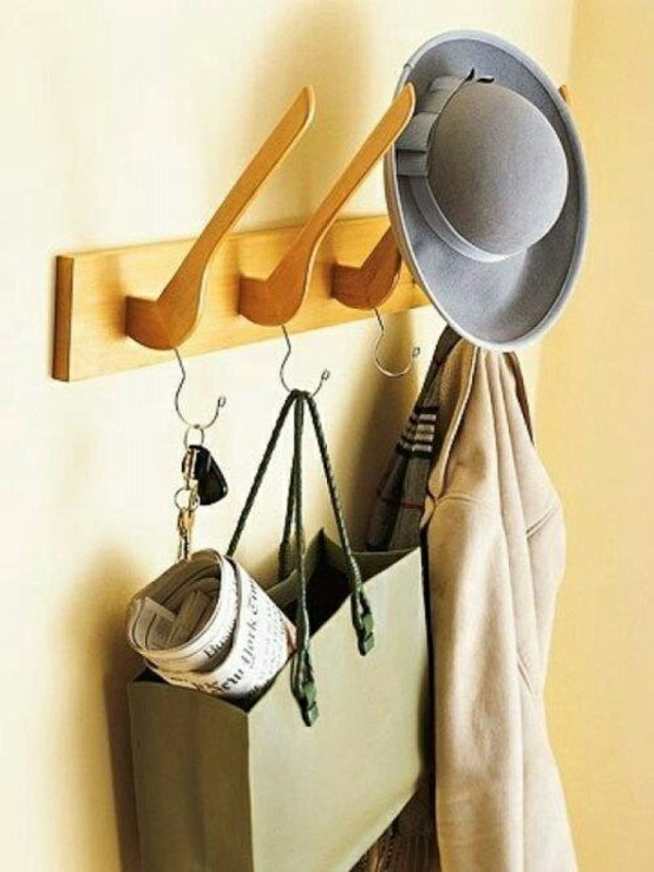 flur gestalten diy möbel holz regal bauen kleiderständer kleiderbügel