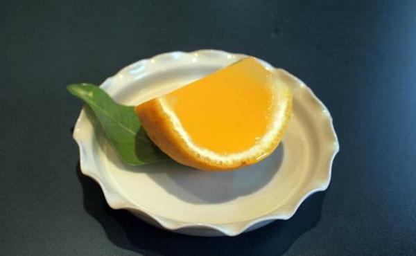 frische Orangen und Wassermelonen lecker
