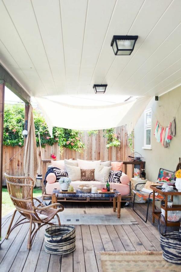 holz terrasse einrichten veranda bauen gartenmöbel diy ideen holzdielen