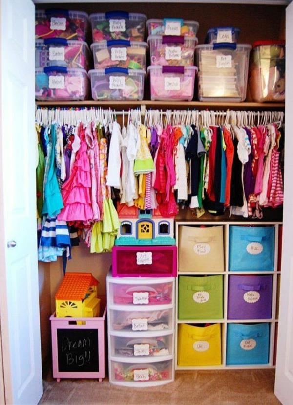 Idee Kinderzimmer Gestaltung – grelle Farbtöne clever einsetzen