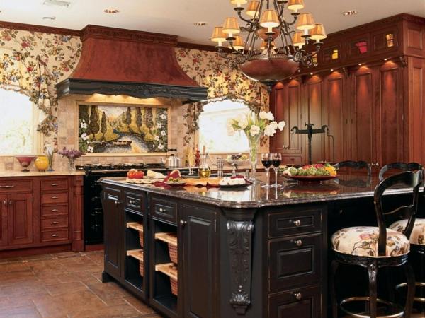 küche mit kochinsel und hervorragenden gardinen
