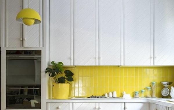 küchenfliesen wand fliesenfarbe gelb rückwand küche