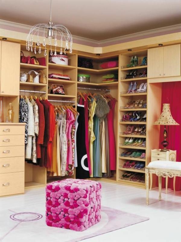 Begehbarer kleiderschrank rosa  Luxus begehbarer Kleiderschrank – Bedarf oder Verwöhnung?