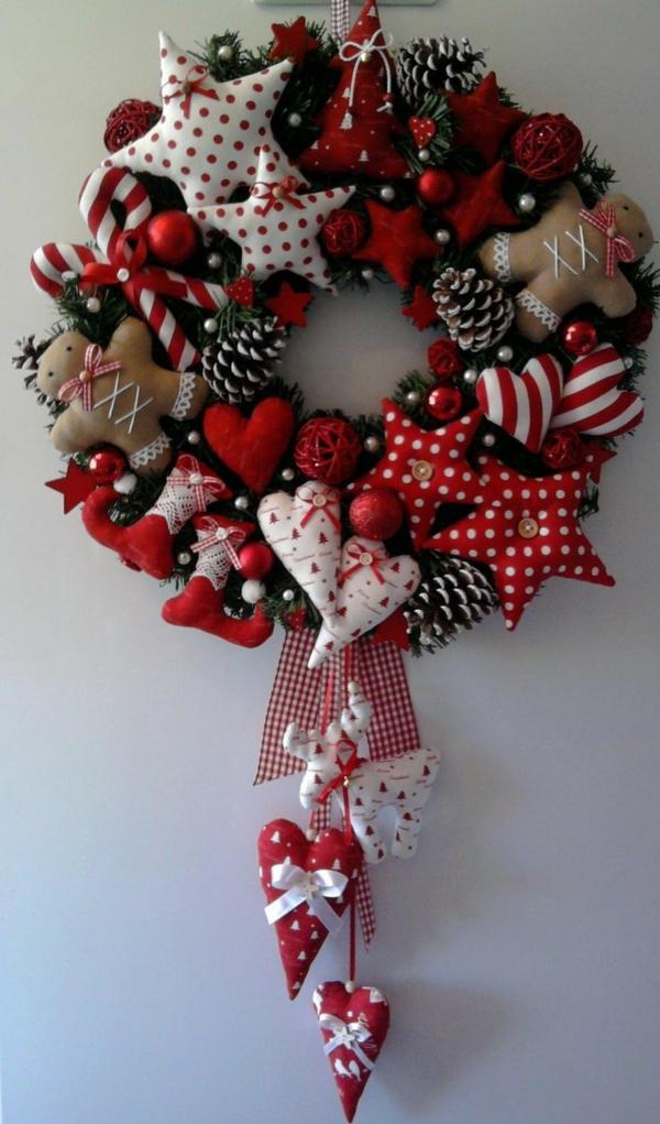 kranz basteln weihnachtsdeko stoffherzen selber nähen