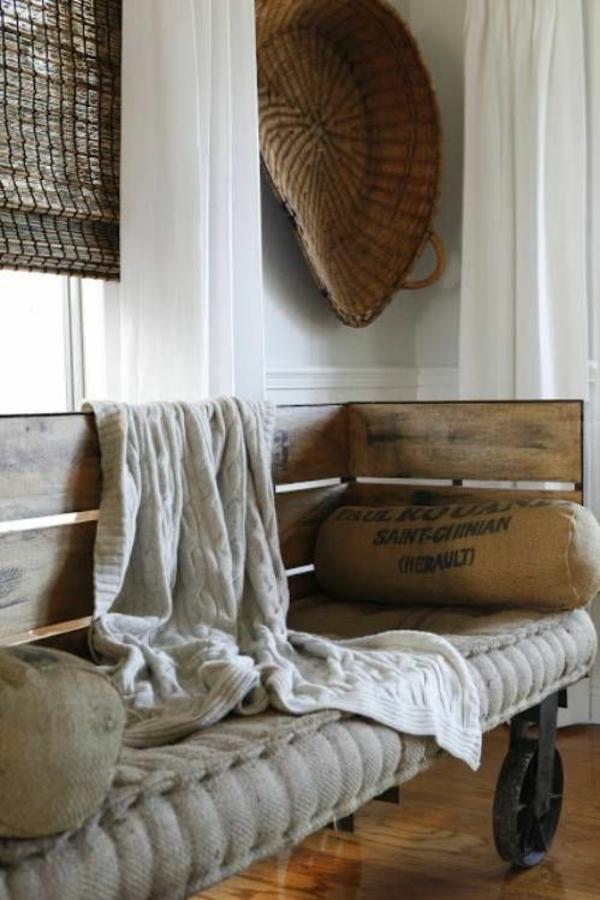 landhausstil wohnzimmer rustikal diy möbel paletten wohnzimmermöbel