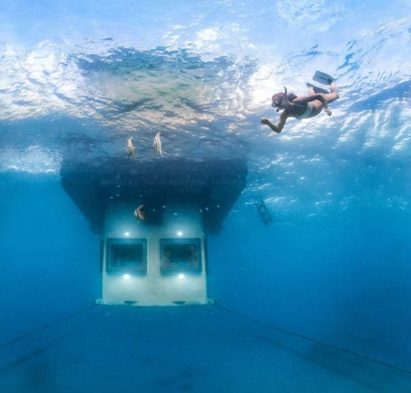 manta resort unter wasser hotel diving