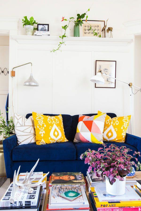 moderne Wohnzimmereinrichtung Ideen stylisch tipps kissen sofa