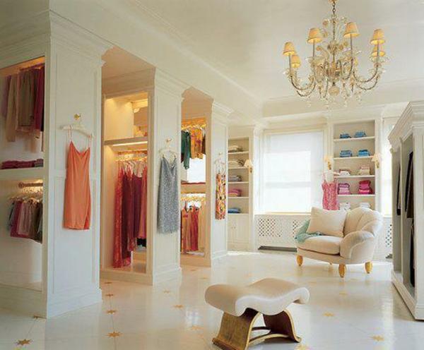 selber bauen kleiderbügel golden offener kleiderschrank glanz