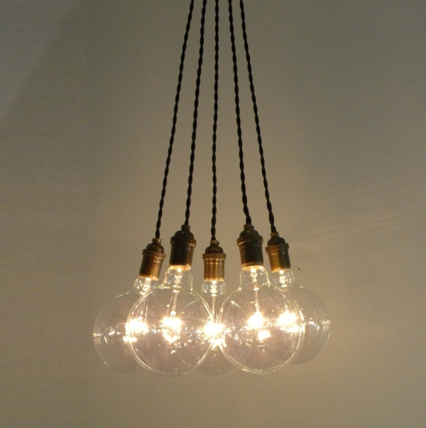 pendellampen zusammengebunden glühbirnen