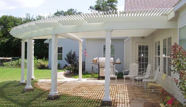 pergoladach terrassenüberdachung rund weiß säulen