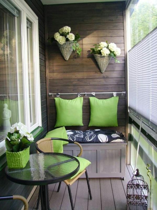 platzsparende balkonmöbel balkonideen balkondeko ideen