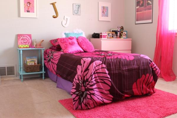 schlafzimmer blumenmuster pink