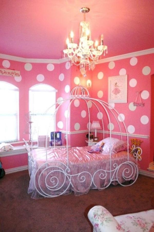 rosa schlafzimmer gepunktete wände