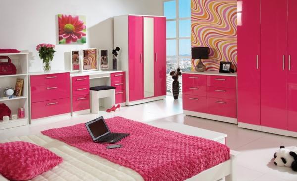 rosa schlafzimmer laptop