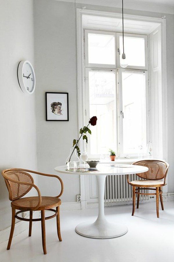 runder esszimmertisch mit stühlen rattan stühle flechtmöbel
