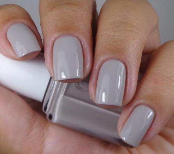 schlichte nägel fingernägel bilder schlichtes nageldesign grau