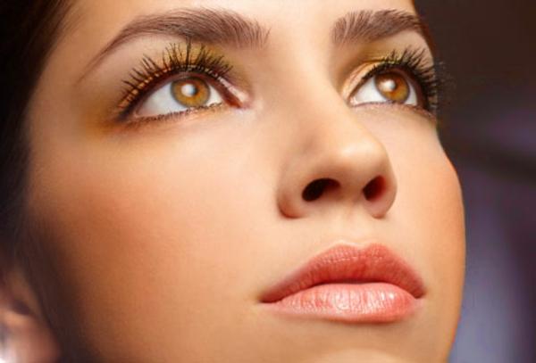 schminken augen natürliches make up gelb