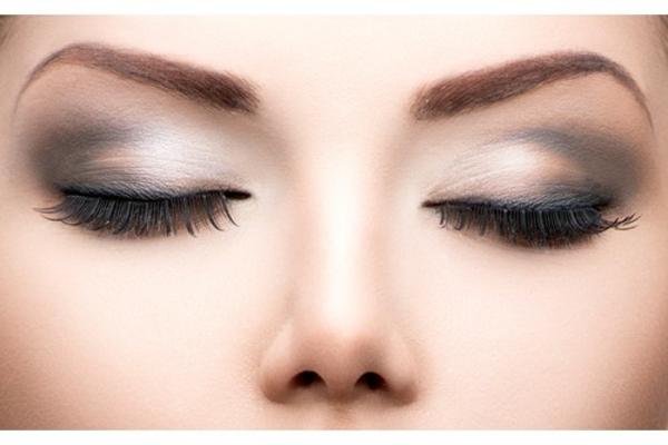 Schminktipps augen natürliches make up smokey eyes