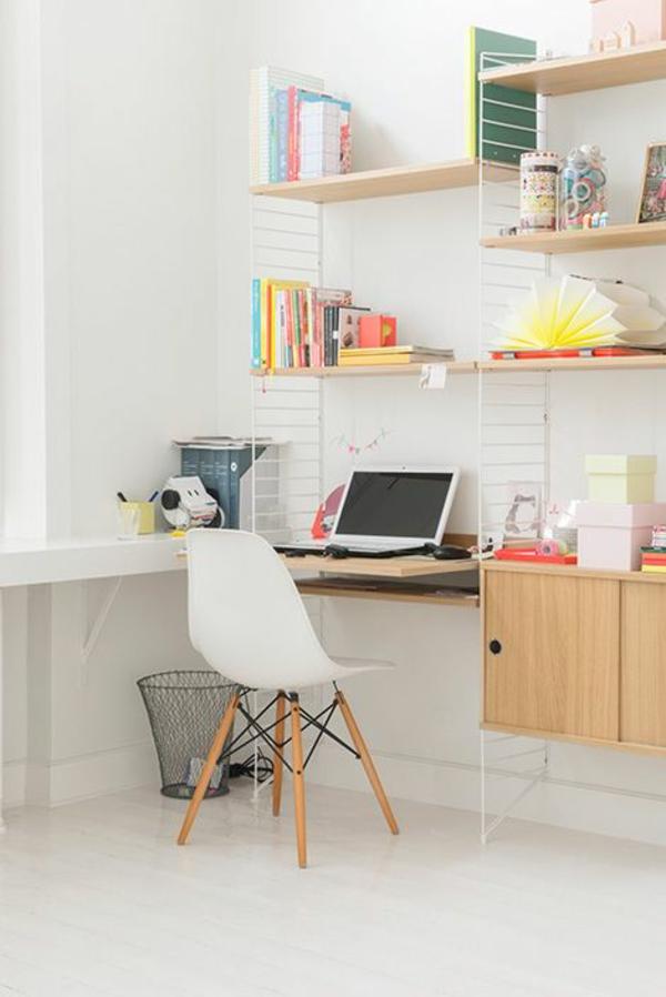 skandinavisch einrichten wandregale schreibtisch häusliches arbeitszimmer