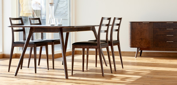 Skandinavische Möbel Esszimmertisch Mit Stühlen Holzmöbel Holzboden