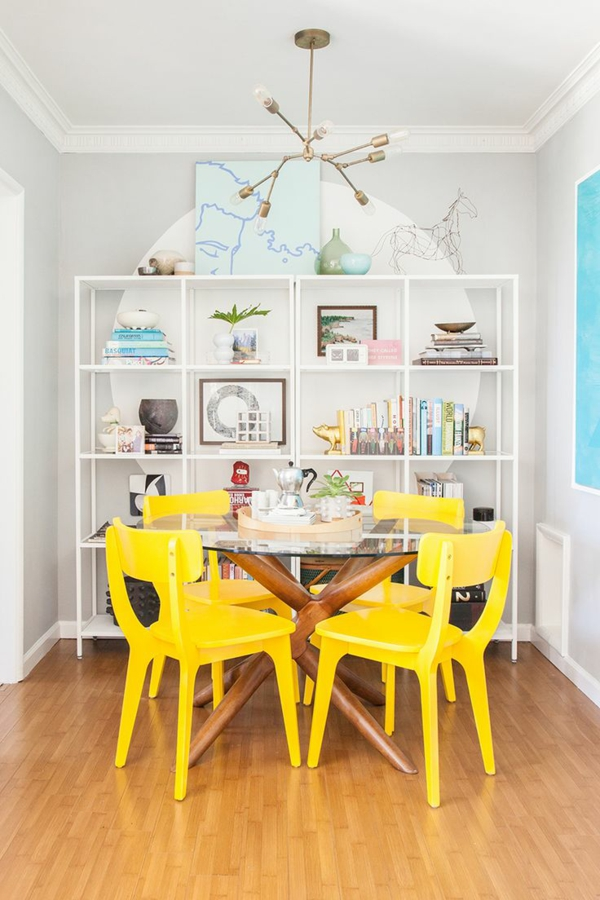 skandinavisches design möbel esszimmertisch mit stühlen gelb