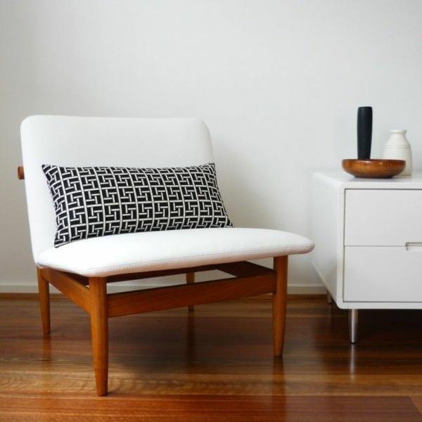 skandinavisches design möbel polstersessel weiß kommode holzboden