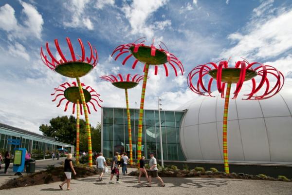 solaranlage photovoltaik blumen kunst