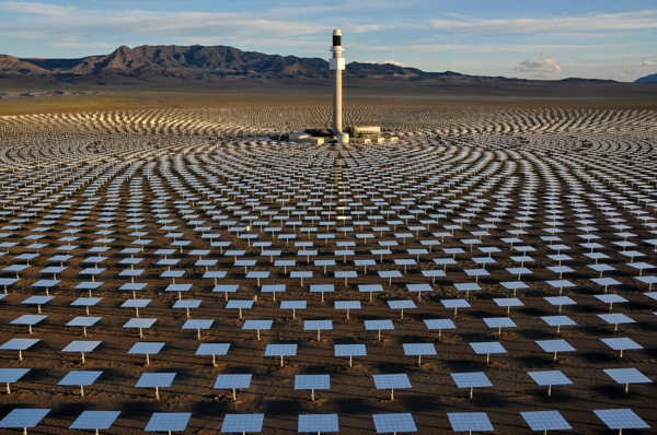 solaranlage und photovoltaik turm module
