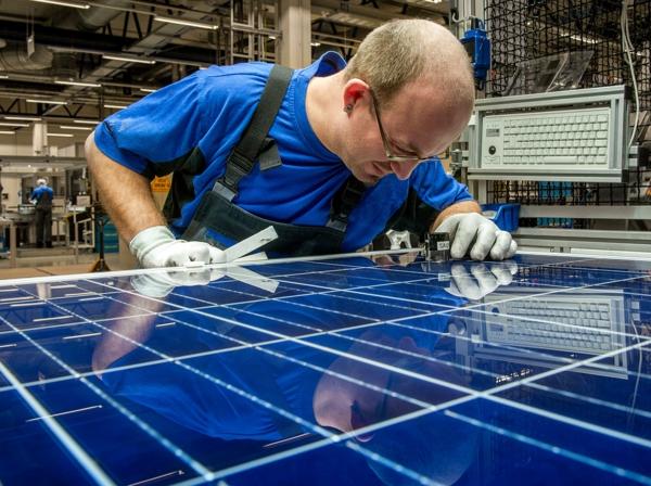 solaranlage und photovoltaik werk
