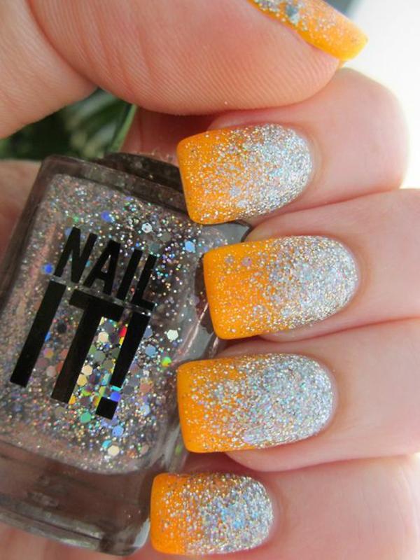 sommerurlaub nageldesign bilder nail art design gelb glitter