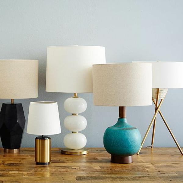 stehlampen modern holz lampenschirm weiß form und farbe