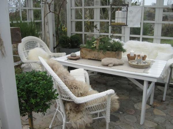 Outdoor Küche Im Wintergarten : Terrasse mit französischen türen wintergarten und küche für zwei
