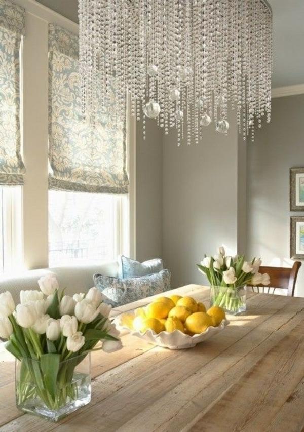 tischdeko mit tulpen festliche tischdeko ideen mit fr hligsblumen. Black Bedroom Furniture Sets. Home Design Ideas