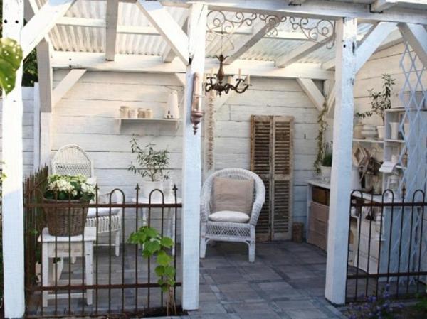veranda bauen amerikanische holzhäuser holzpergola steinboden