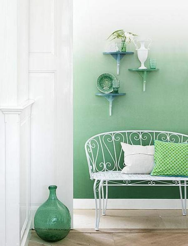 wandfarbe weiß grün farbideen wandgestaltung vase
