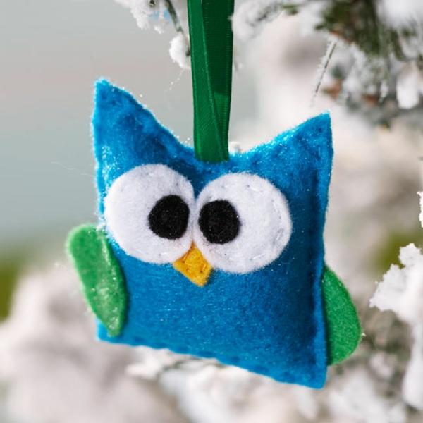 weihnachtliches basteln mit kindern bastelideen für weihnachten aus filz