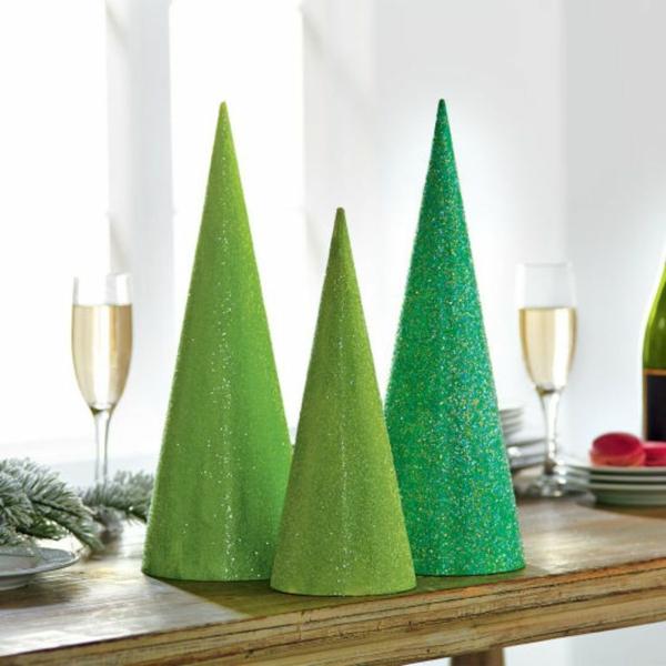 weihnachtsbastelideen weihnachtsdekoration basteln weihnachtsbaum pappe