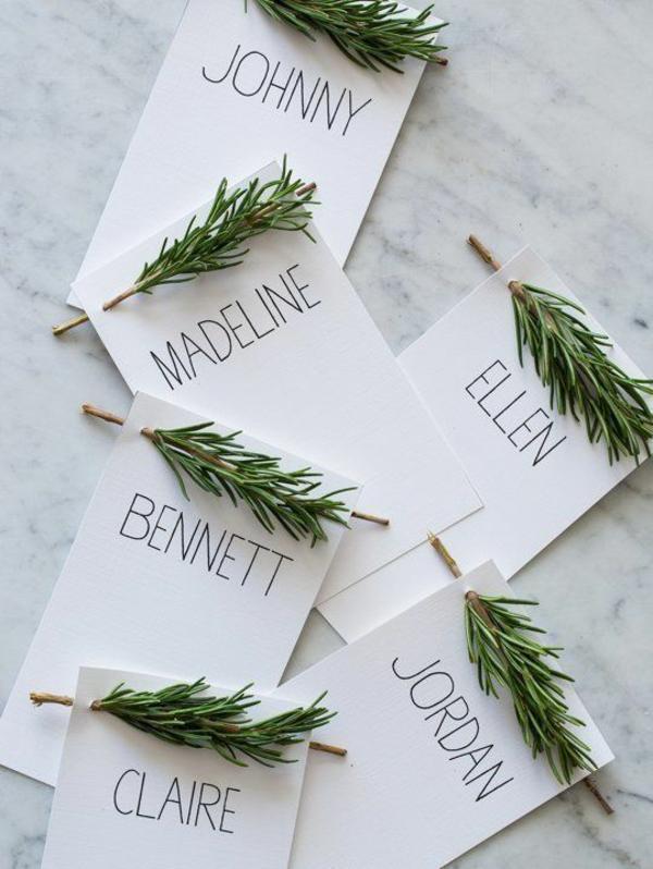 weihnachtsbastelideen-weihnachtskarten-basteln-zweige-namen