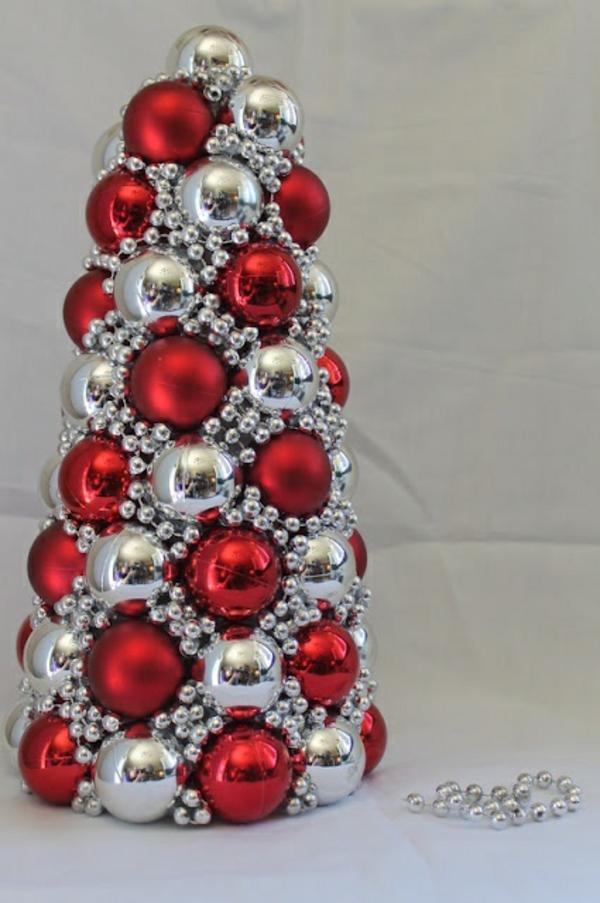 weihnachtsbastelleien weihnachtsdeko basteln weihnachtsbaum kugeln