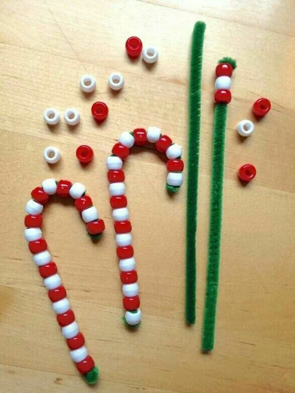 weihnachtsbasteln mit kindern schmuckperlen bastelideen für weihnachten