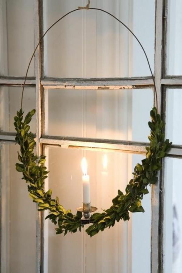 weihnachtsdeko basteln adventskranz hängend deko mit kerzen