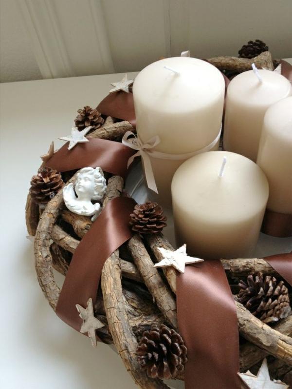 weihnachtsdeko ideen türkranz tannenzapfen kerzen bastelideen