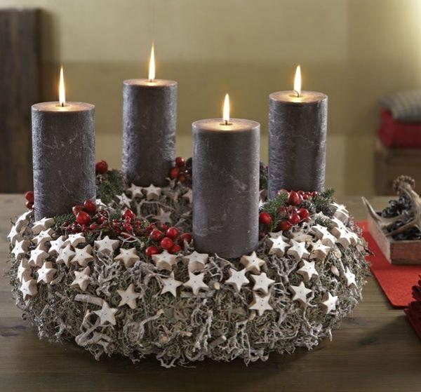 weihnachtsdeko ideen türkranz weihnachten plätzchen kerzen