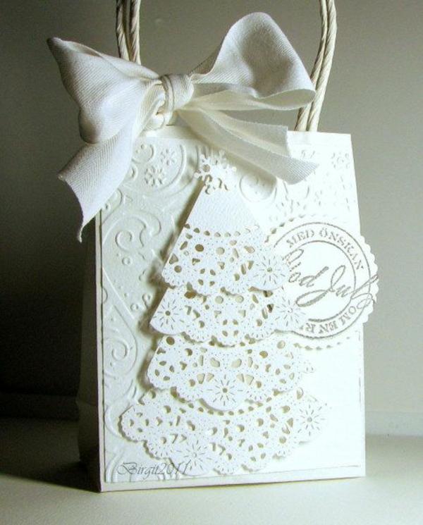 weihnachtsgeschenke basteln weiß schick