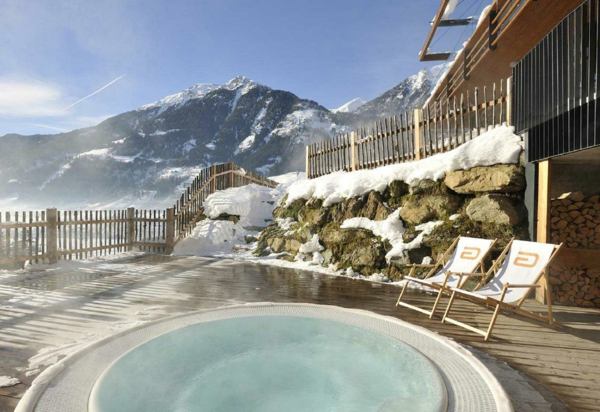whirlpool im garten winter berge