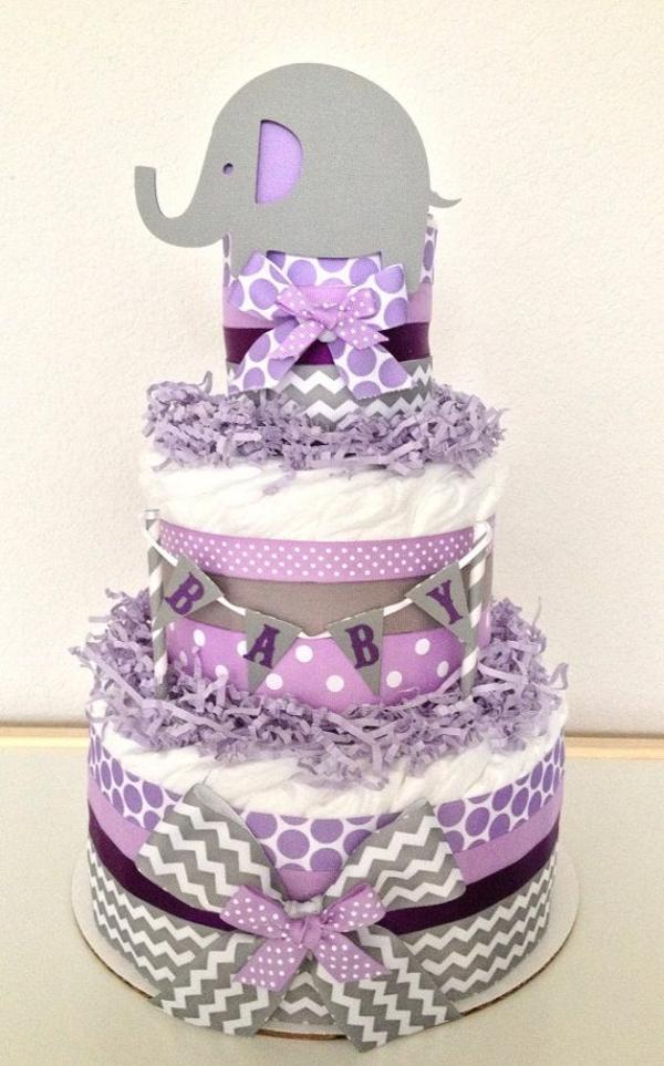 windeltorten basteln anleitung babygeschenke geburt lila