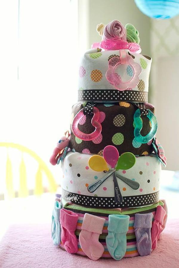 windeltorten basteln anleitung babygeschenke geburt tücher