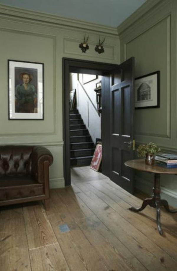 Sanfte blaue Farbe sorgt für einen Ausgleich im Wohnzimmer